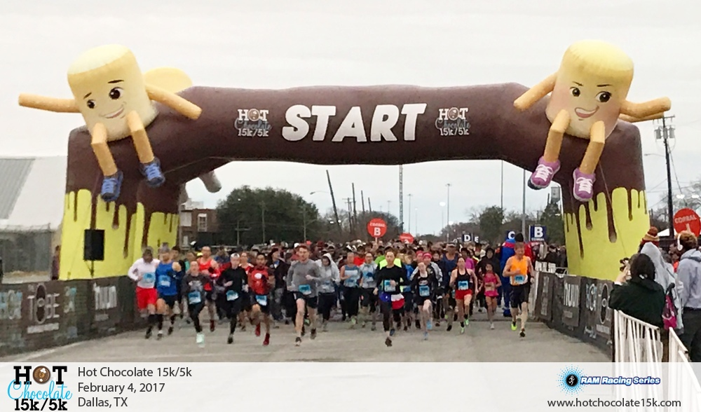 2017 Hot Chocolate Start Line
